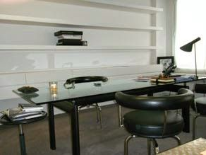 Paris to go: organizing your desk workspace. photo carine