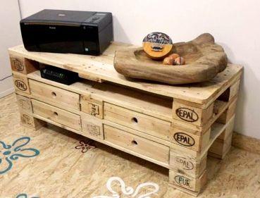 einfachfuerdich m bel f r unterhaltungselektronik aus paletten m bel aus europaletten holz. Black Bedroom Furniture Sets. Home Design Ideas