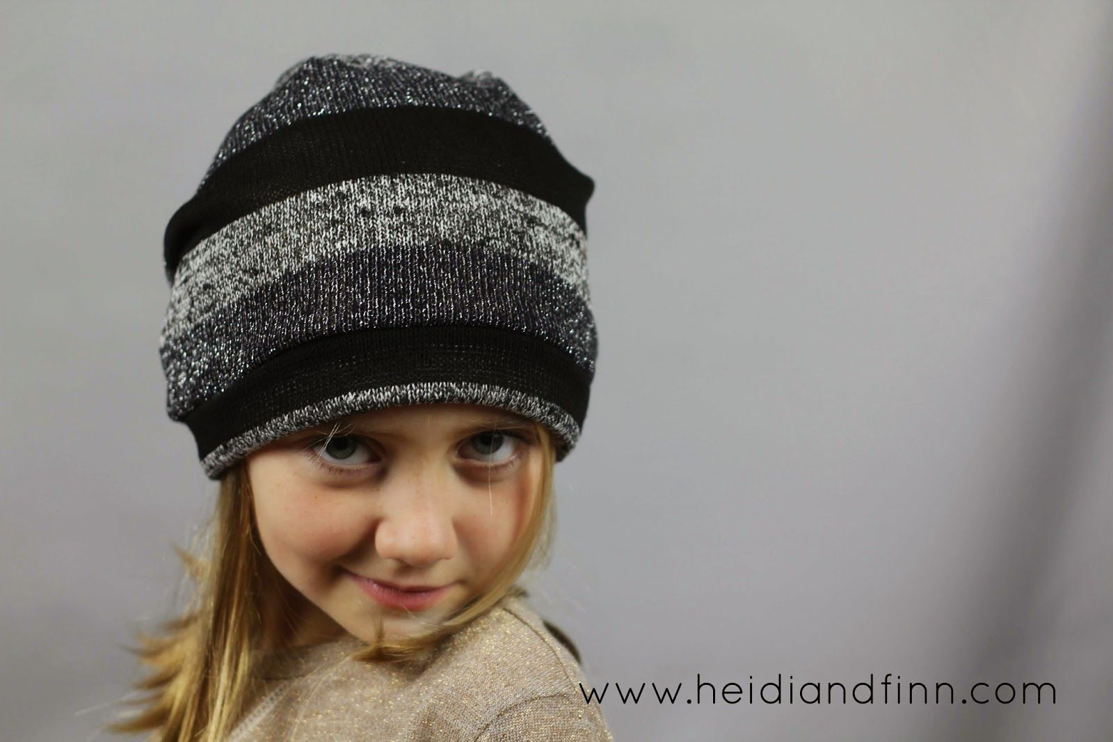 3982e056c37cd8 HeidiandFinn modern wears for kids  Slouchy Beanie hat - FREE pattern for kids  clothes week. Project 2 for kids clothes week - HATS! more specifically oh  so ...