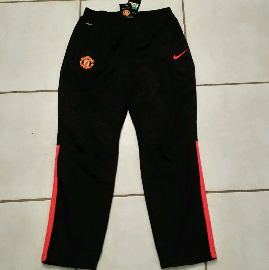 NWT Authentic NIKE Manchester United Soccer Pants Men s XL in Sports ... 16ac0bb48456b