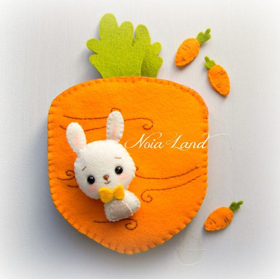 Carrot book. Bunny orchard activity book | Kuscheltiere und Filz