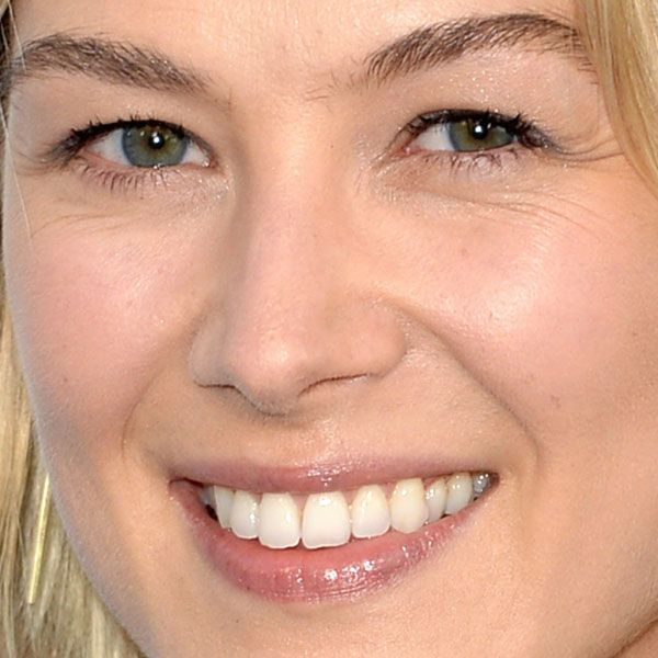 Rosamund Pike bare-faced makeup look http://beautyeditor.ca/2013/08/28/rosamund-pike-is-wearing-hardly-any-makeup-for-the-red-carpet-would-you-ever/