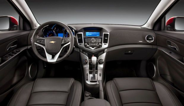 Gm S 2014 Chevy Cruze Diesel To Debut At Chicago Auto Show Chevy Cruze Chevrolet Cruze Cruze