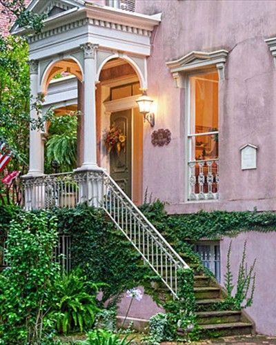 Savannah Zeigler House Inn Located On Jones And Barnard Street In