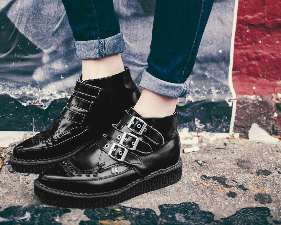 T.U.K. Original Footwear 3 Buckle Pointed Creeper Boot AzaKh