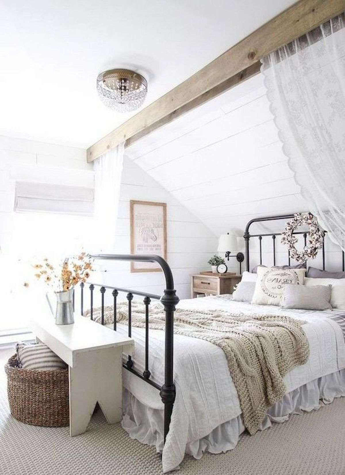 Latest Images Farmhouse Chic Bedroom Popular Farmhouse Chic Is Most Of The Rag In 2021 Farmhouse Style Master Bedroom Modern Farmhouse Bedroom Farmhouse Style Bedrooms