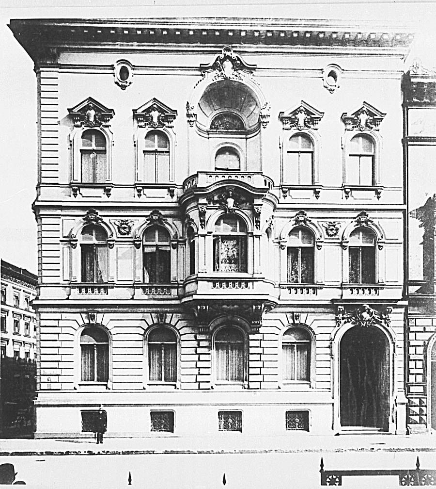 Behrenstraße 1 ecke Wilhelmstraße 67.. Palais Pringsheim