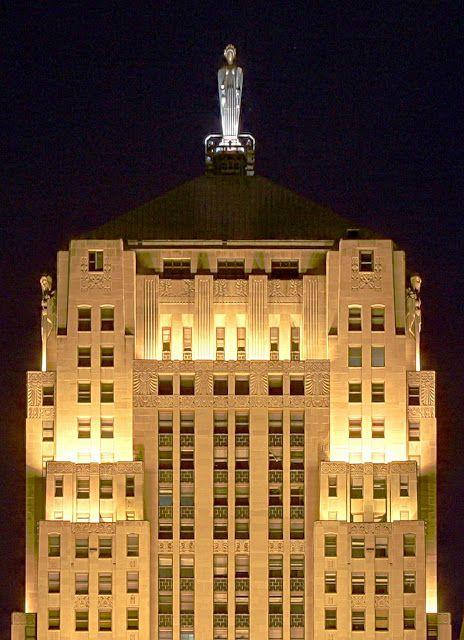 Art Deco Skyscrapers: The Chicago Board of Trade building, 1929