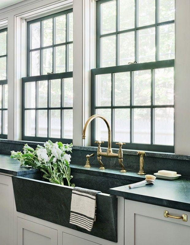 modern eingerichtete Küche Speckstein-Platte smaragdgrün sehr ...