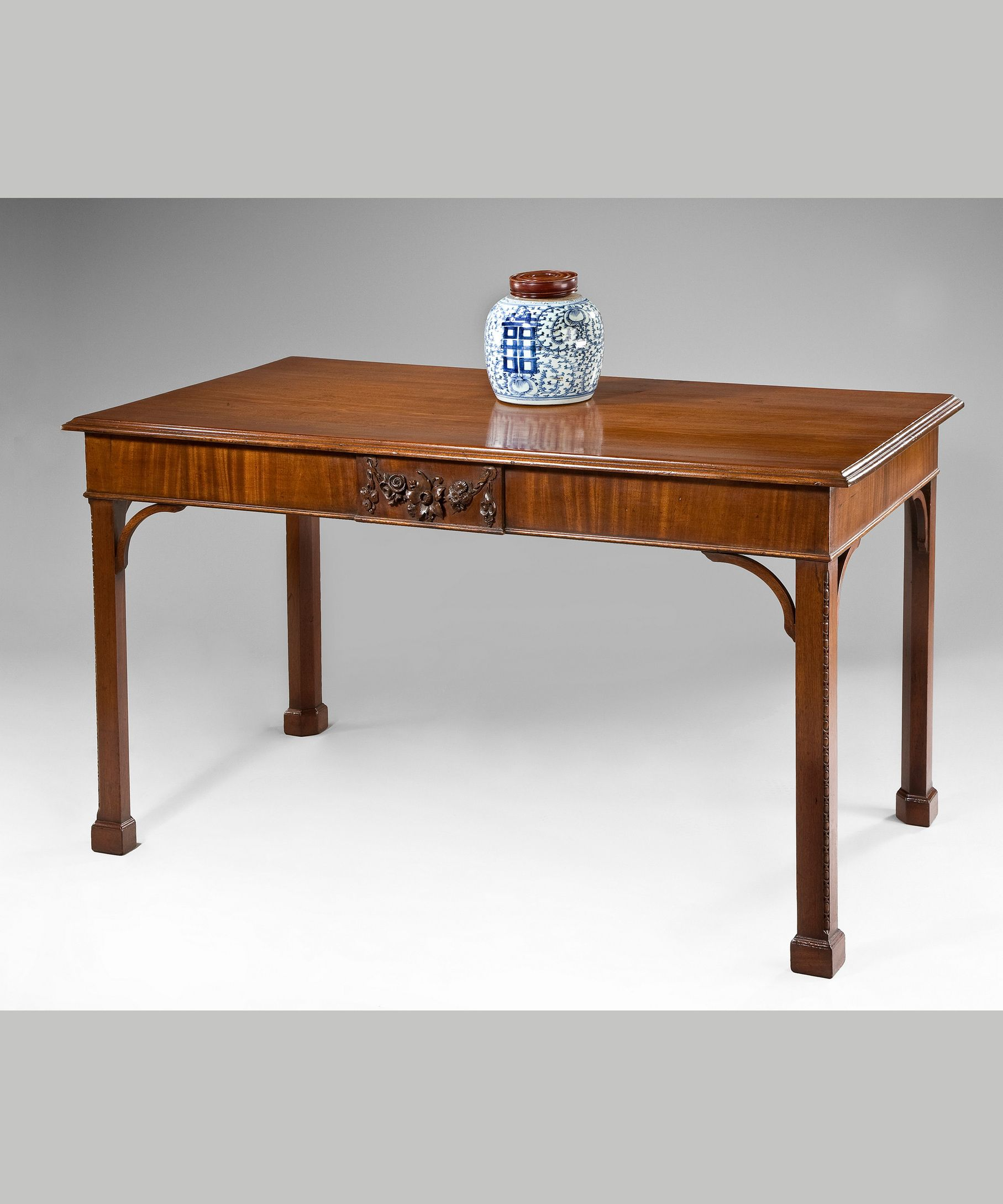 A Chippendale Mahogany Console Table Mobiliario Mesas
