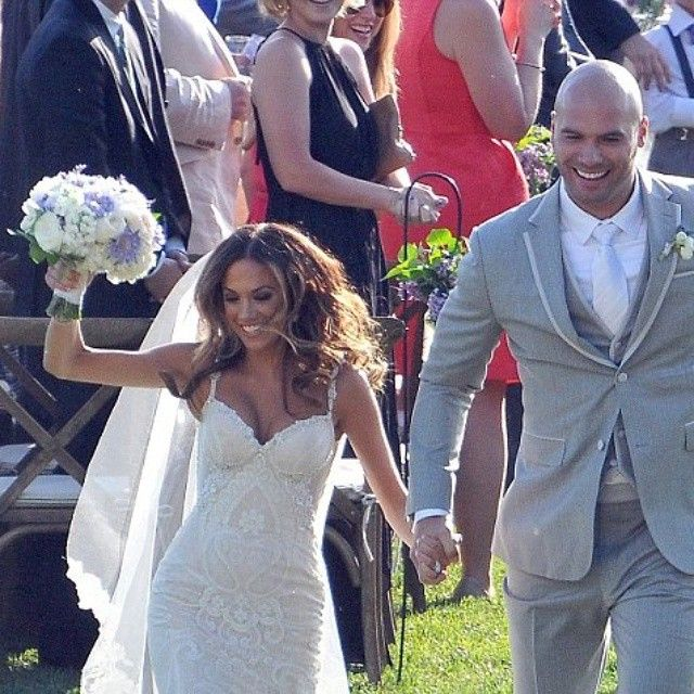 This weekend we feature celebrities in our designers' dresses.  Jana Kramer, an American actress and country singer, best known on the TV series One Tree Hill, wed her American footballer fiance Michael Caussin, seen here in the @galialahav Norma gown.  #theproposalbridal #bridal #singaporeweddings #sgweddings #weddingdress #bridalfashion #weddinggown #brides #bridalgowns #wedding #weddings #love #fashion #singapore #galialahav #dailymailuk #jakarta #indonesia