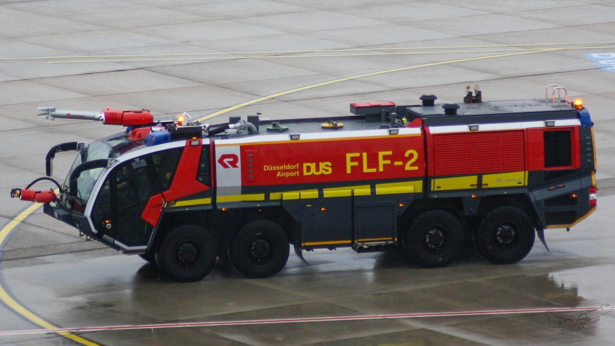 Das Rosenbauer Panther 8×8 Flughafenlöschfahrzeug FLF2