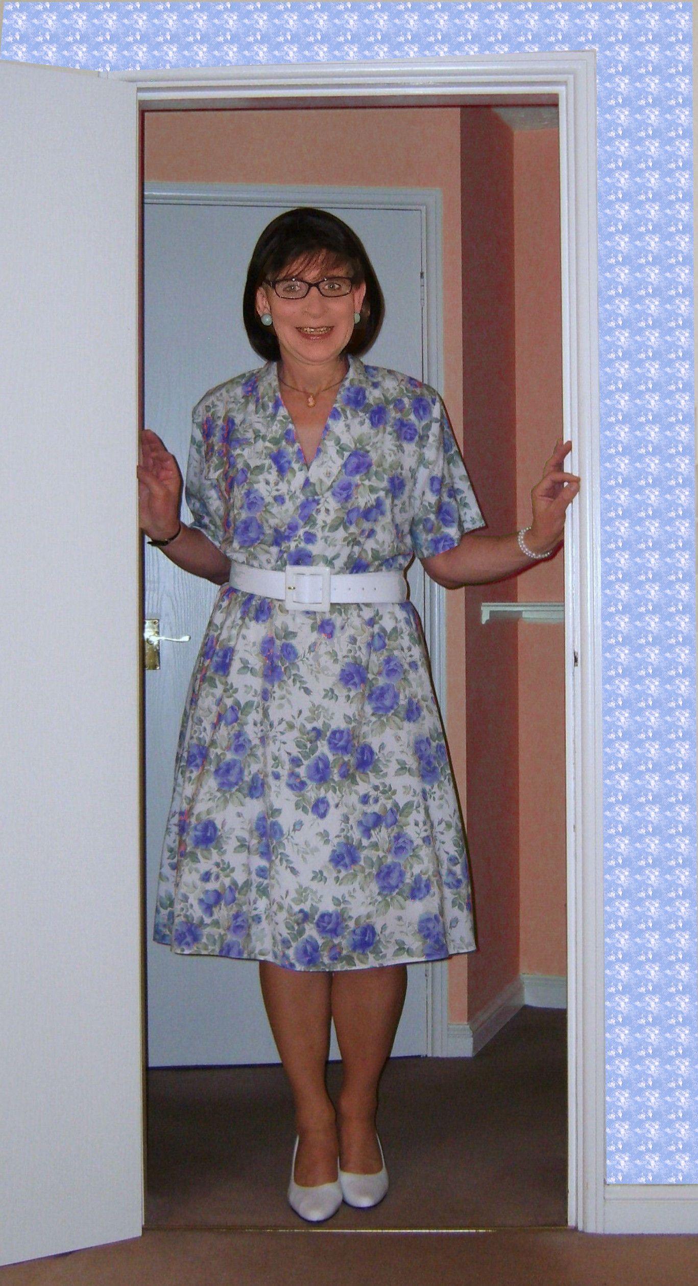 70ies dressses, 70er Jahre Kleider flowery dress, Blümchenkleid ...