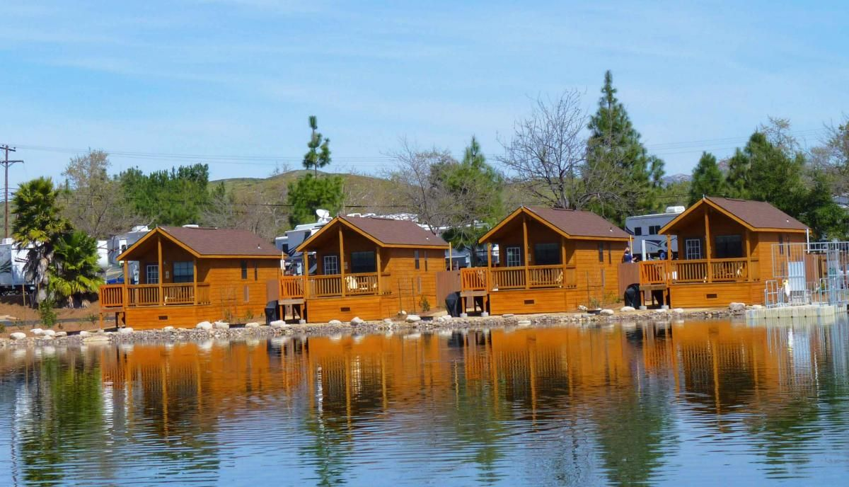 land between the lakes lodging santee cabins land cabins. Black Bedroom Furniture Sets. Home Design Ideas