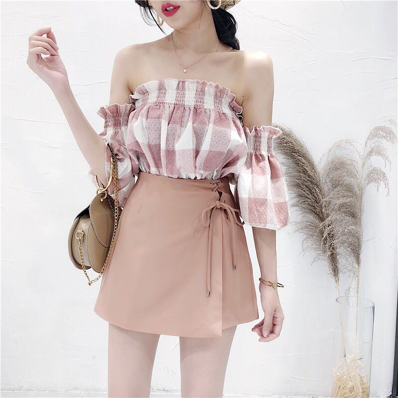 """Photo of KEY ORDER EVERY DAY on Instagram: """"DRAG THROUGH THE LEFT TO SEE MORE PHOTOS 😘 # Shirt Price 🔺 # 215k🔺 # Dress Price 🔺 # 250k 🔺 S M L Colors like the picture (inbox for exact measurements) ORDER …"""""""