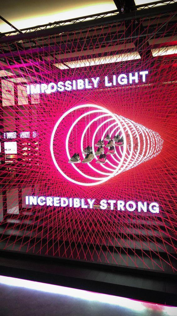 pingl par keria luminaires sur techno light pinterest vitrines conception sc nique et plv. Black Bedroom Furniture Sets. Home Design Ideas