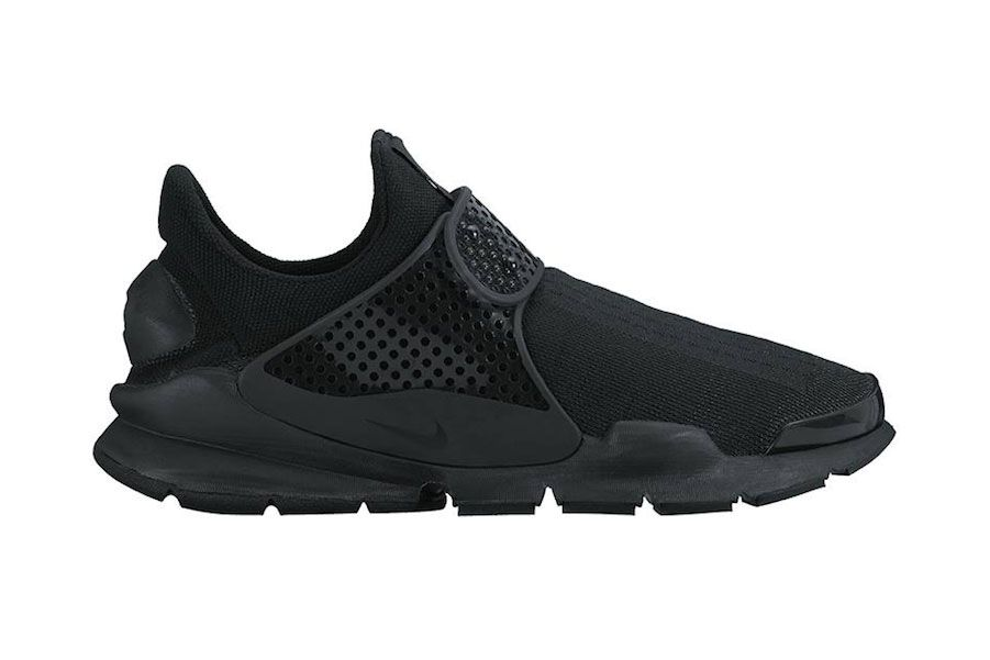 new product 5297b 0a511 Nike Blacks out the Sock Dart for 2016 | Style - Black nikes, Sock ...