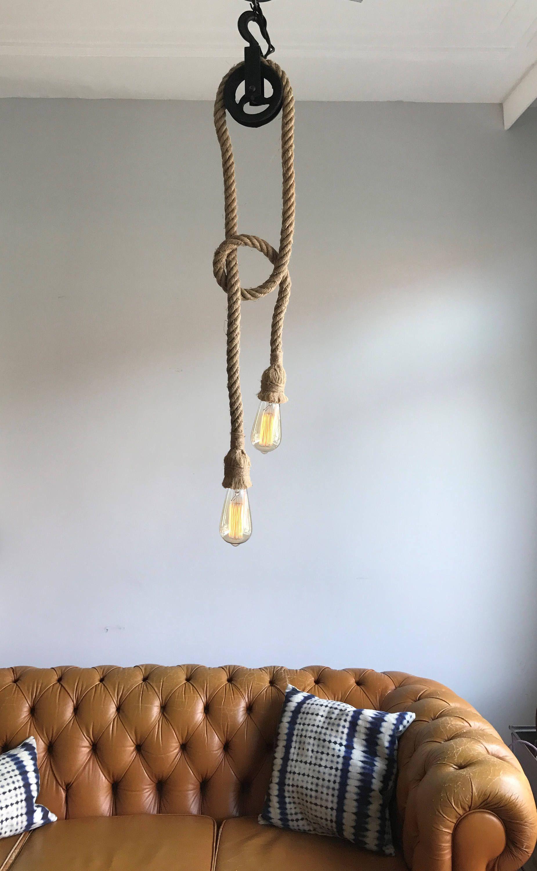 Industriele Lamp Hanglamp Van Vintage Katrol Plafondlamp Touw Lamp Kroonluchter Edison Kooldraadlamp Industrieel Kantoorverlichting Industrial Ceiling Lights Wood Pendant Lamps Industrial Rope Light