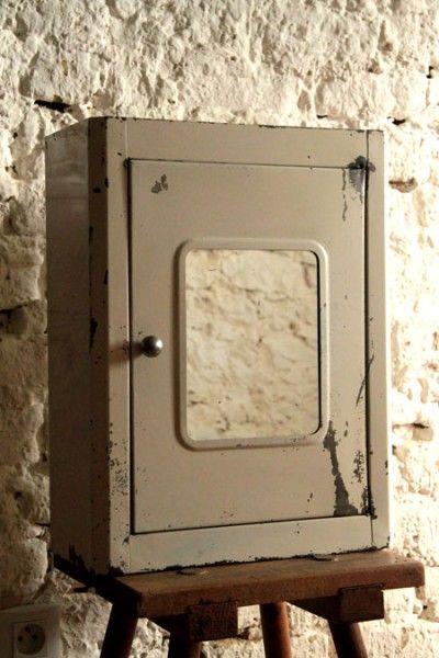 APOTHICAIRE, ancienne armoire métallique à pharmacie vintage ...