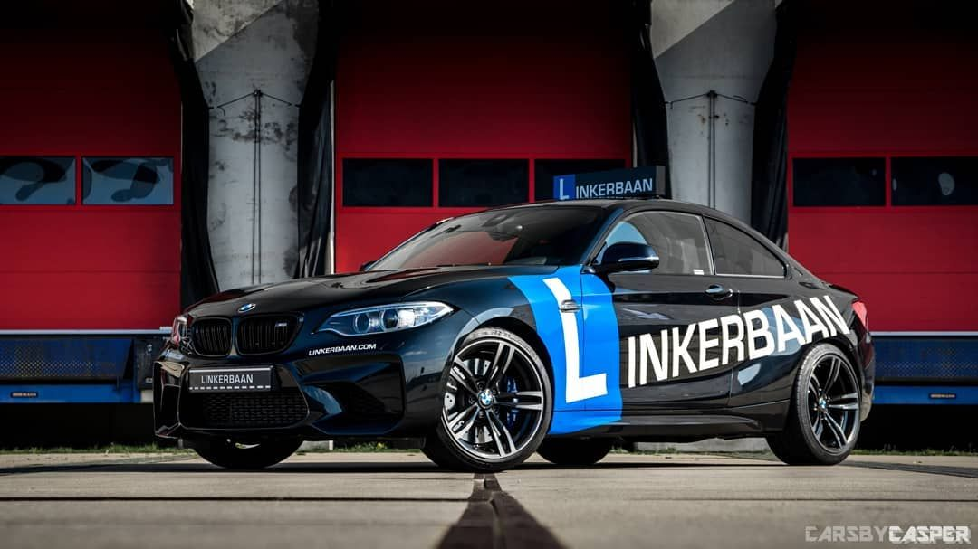 I Really Like The Black Blue And White Combination What Is Your Opinion Or Do You Know A Better Color Combi Sportscar Good Color Combinations Blue And White