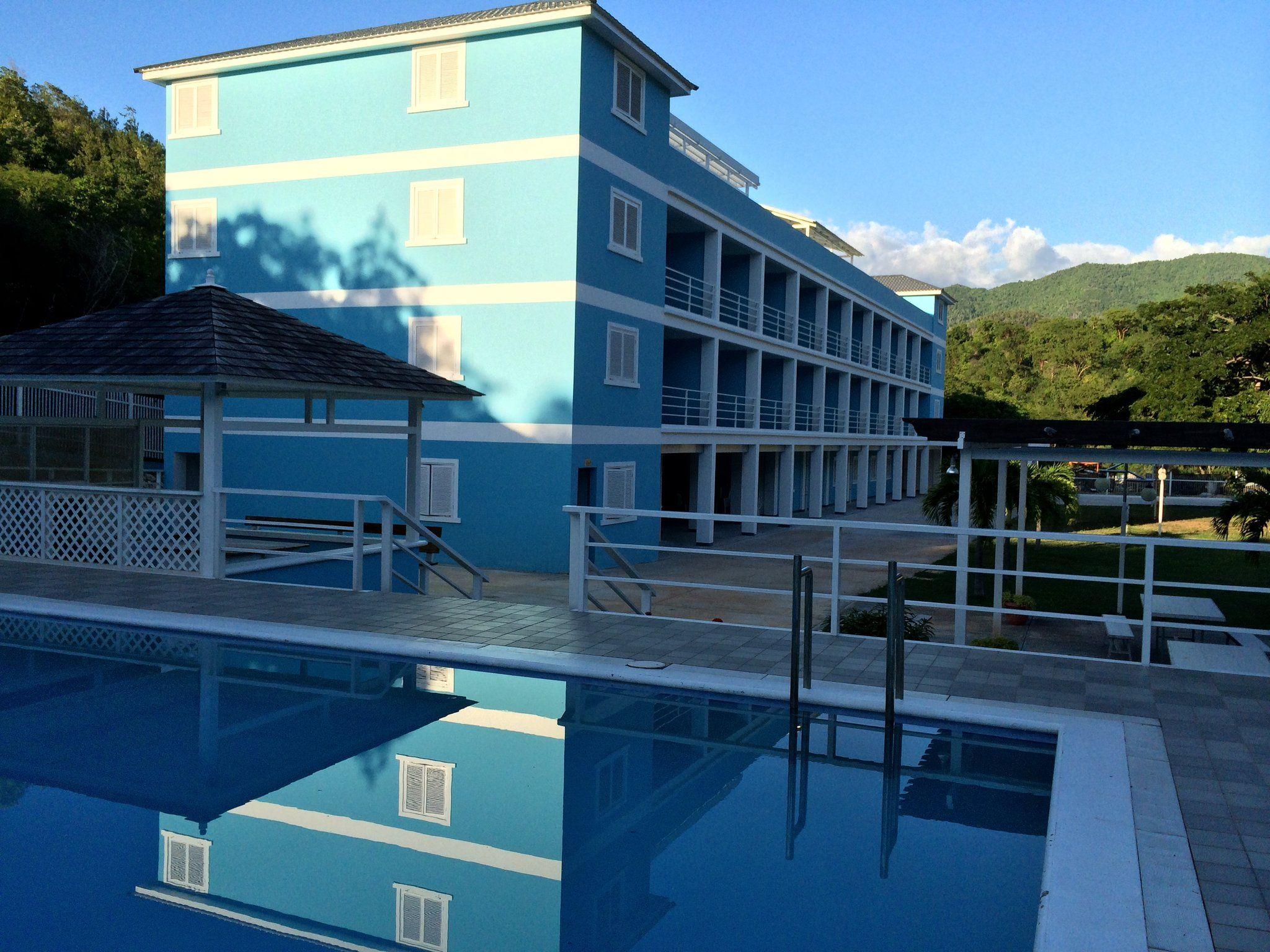 Three Finger Jack Hotel 30 mins Kingston