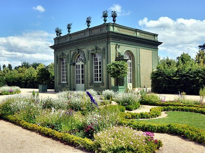 I Love This Stunning Garden Pavilion Maine House Building A Small House Indoor Garden Rooms