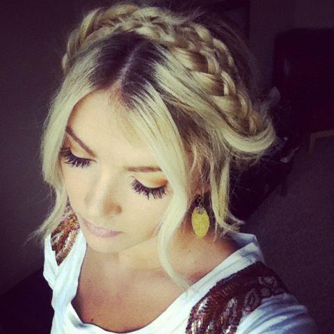 braided updo... caraloren.blogspot.com