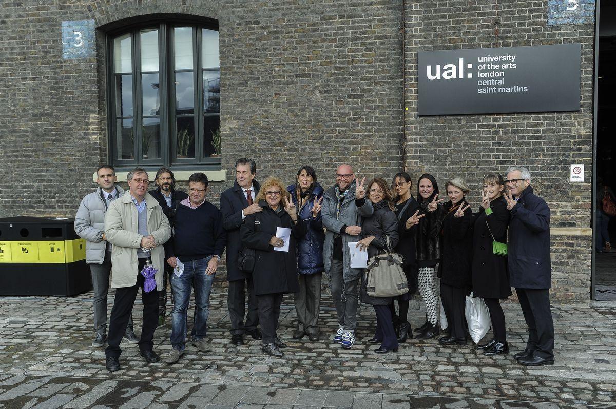 Delegazione ligure alla Saint Martin school of art a Londra. Foto di Simone Lezzi