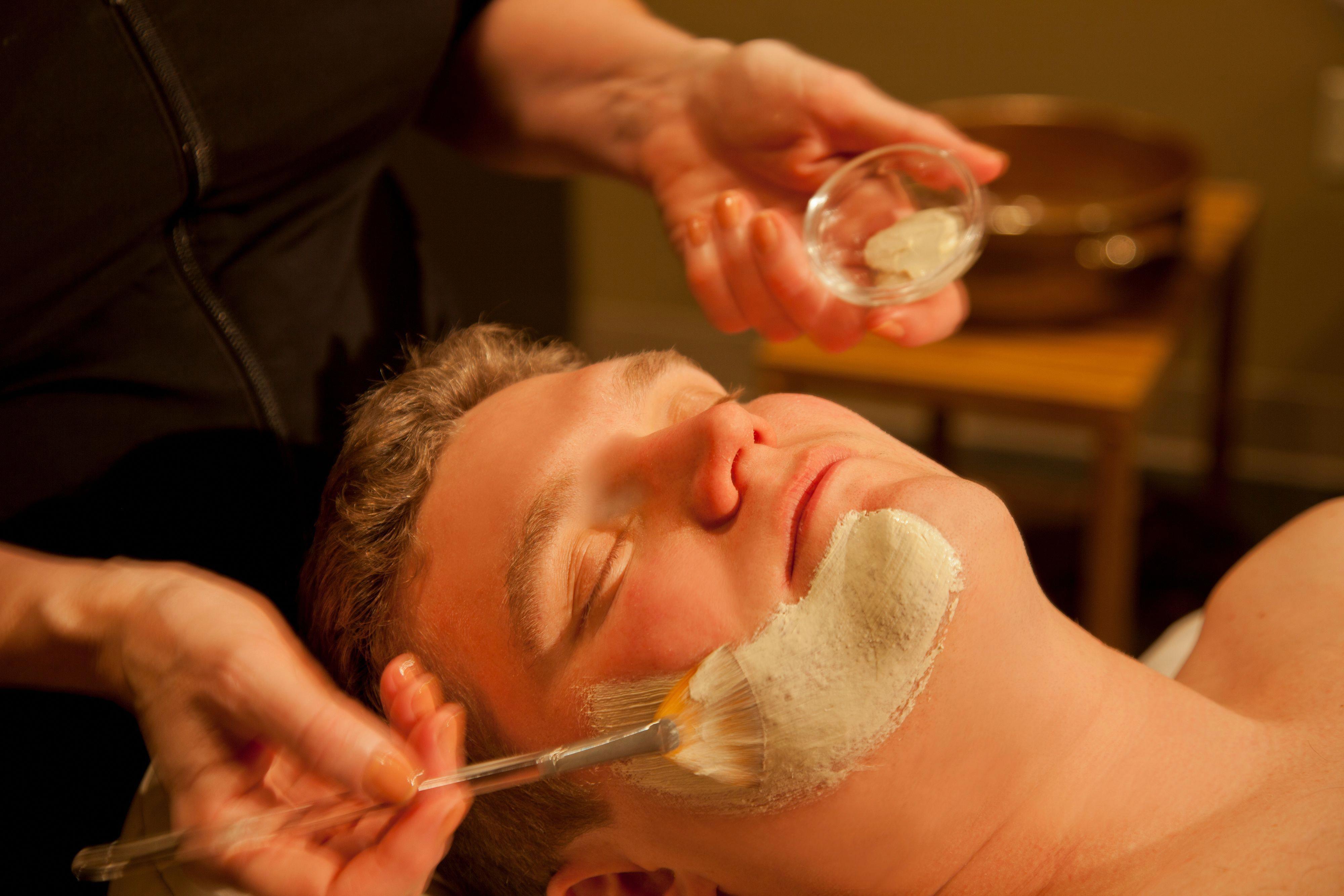 #AncientMassageTechniques | Facial spa, Pressure point ...