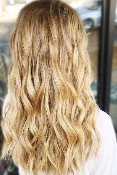 Really Like This Shade For Highlight Honey Golden Blonde Blonde Hair Color Golden Blonde Hair Color Honey Hair Color
