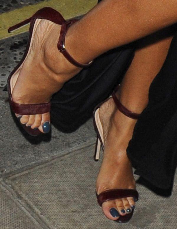 "8cd6d45487d0b Rihanna wearing Manolo Blahnik ""Chaos"" sandals | Manolo Blahnik ..."
