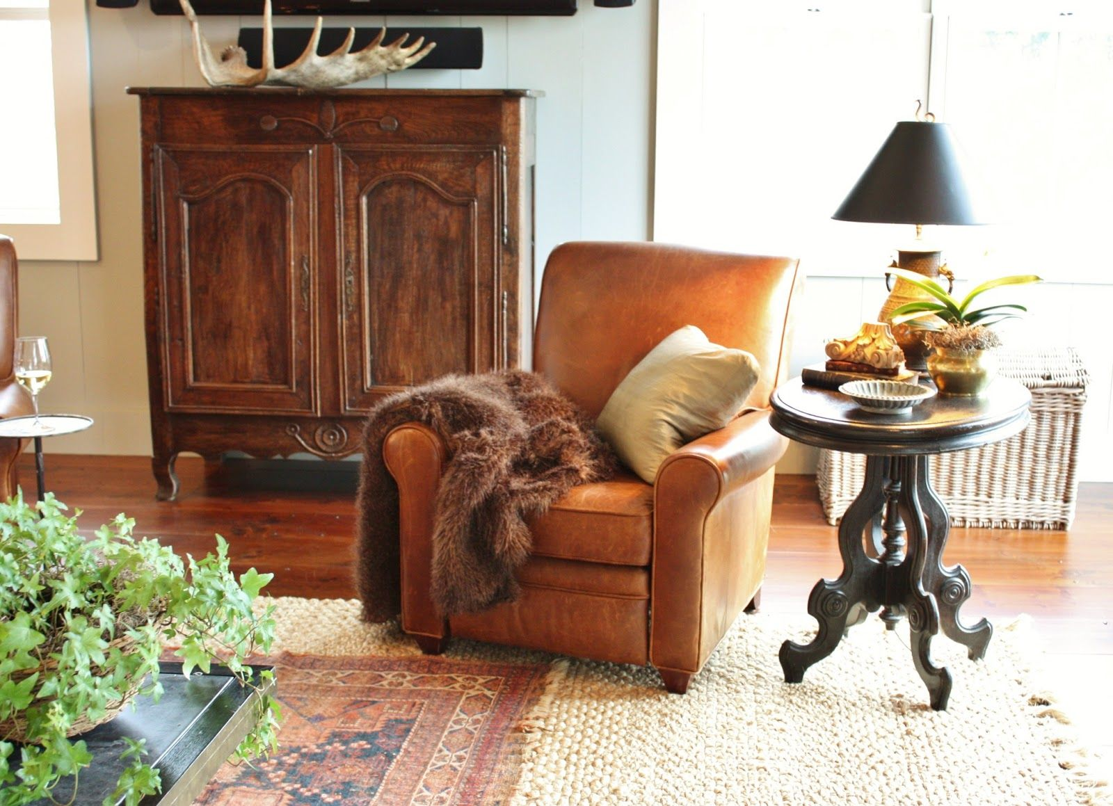 Pin By Roxanne Garcia On My Farm House Leather Living