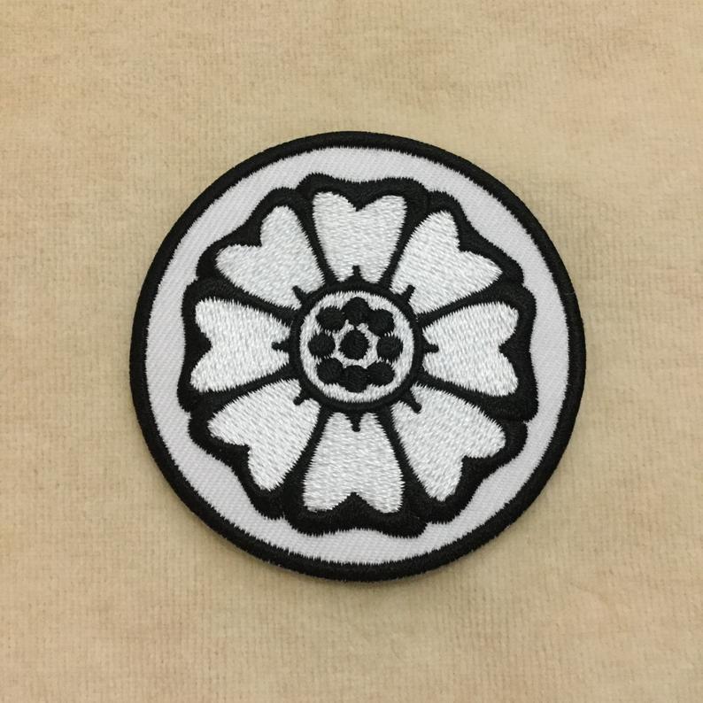 White Lotus Avatar Bender Symbol Iron On Patch Etsy Patches White Lotus Avatar