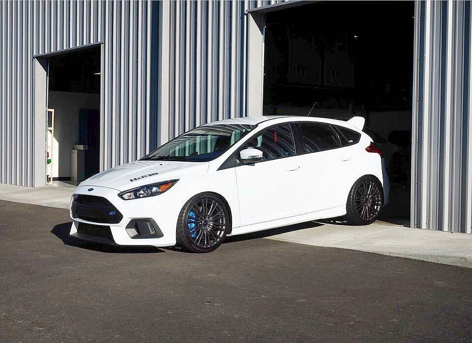 Ford Focus Rs Dropped 3 4 On H R Sports Springs For That Drivable Flush Stance Fontmotorsports Hrsprin Ford Focus Sedan Ford Focus Rs Ford Focus Hatchback