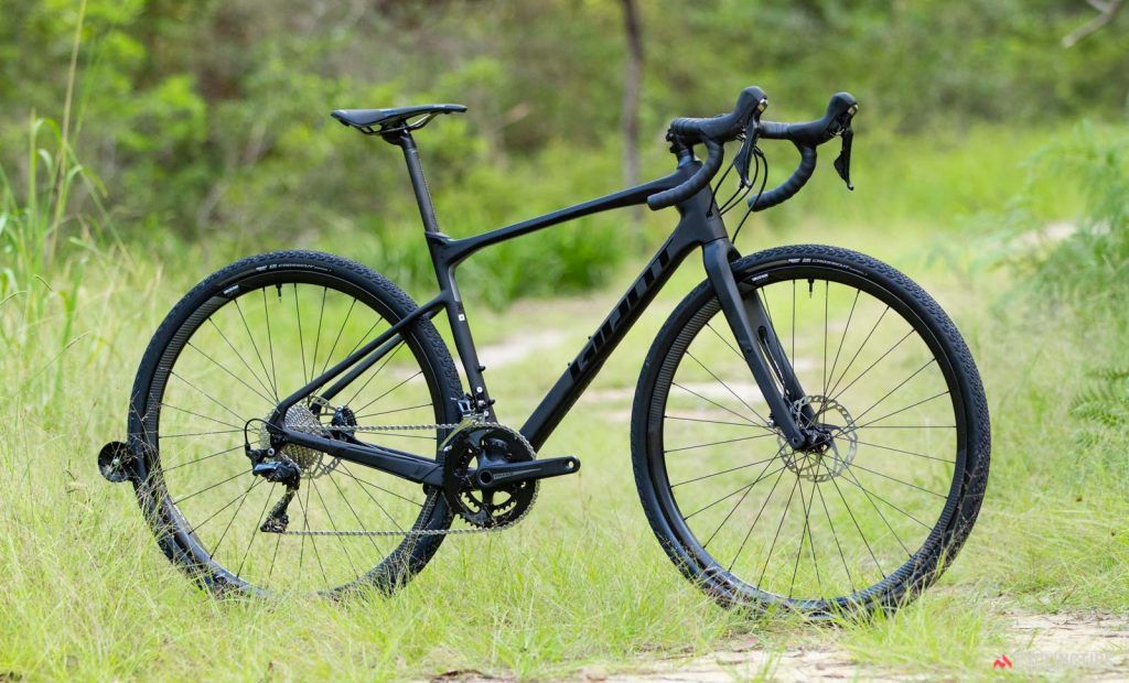 Giant Revolt Advanced 0 2019 Gravel Bike Review In 2020 Gravel