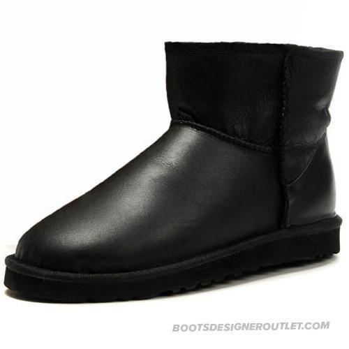 Stunning Classic Mini 5854 Metallic UGG Boots - Black