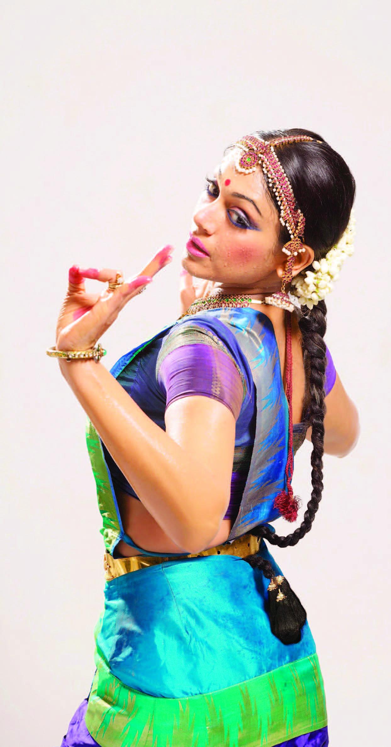 shobana daughter
