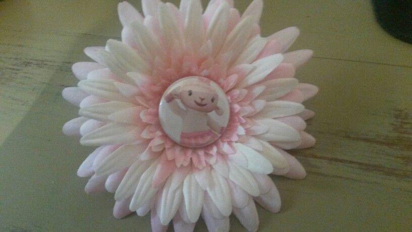 Lambie flower clip