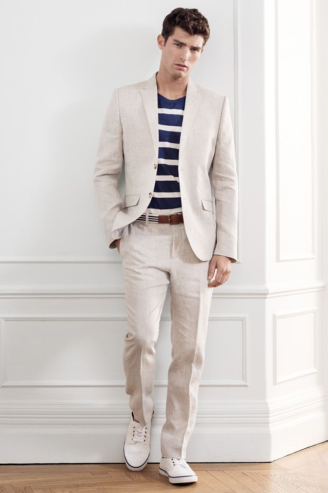 A Good Blazer Defines Your Silhouette And Can Make Outfit In Hot Weather Match