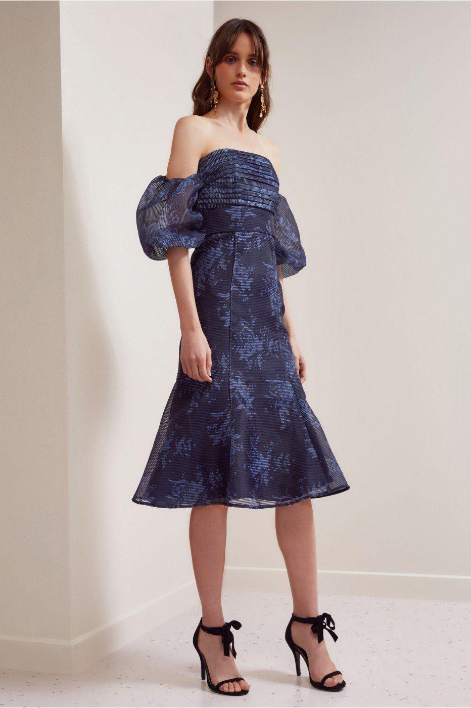 Keepsake Stand Tall Midi Dress Navy Stencil Floral Dresses Buy Midi Dress Midi Dresses Online [ 1400 x 932 Pixel ]