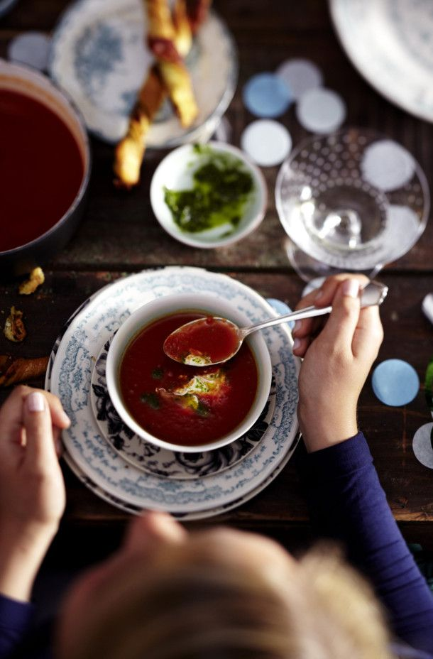 Unser beliebtes Rezept für Bloody-Mary-Suppe und mehr als 55.000 weitere kostenlose Rezepte auf LECKER.de.