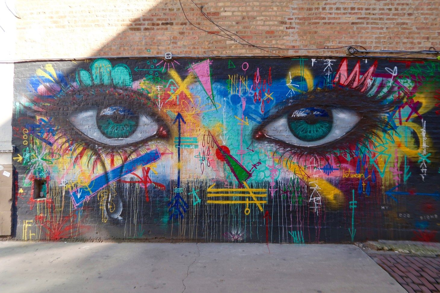 12 Street Art Murals to See in Chicago's Wicker Park Neighborhood