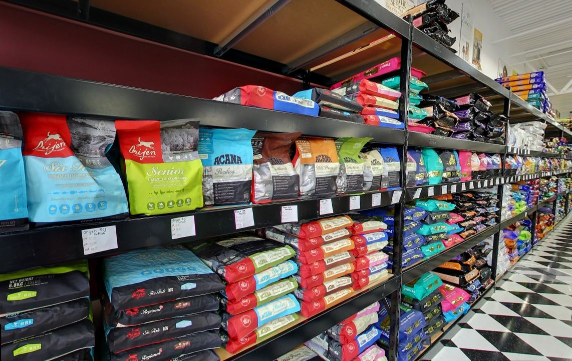 Handy Store Fixtures Wide Span Shelving For Dog Food Bags Pet