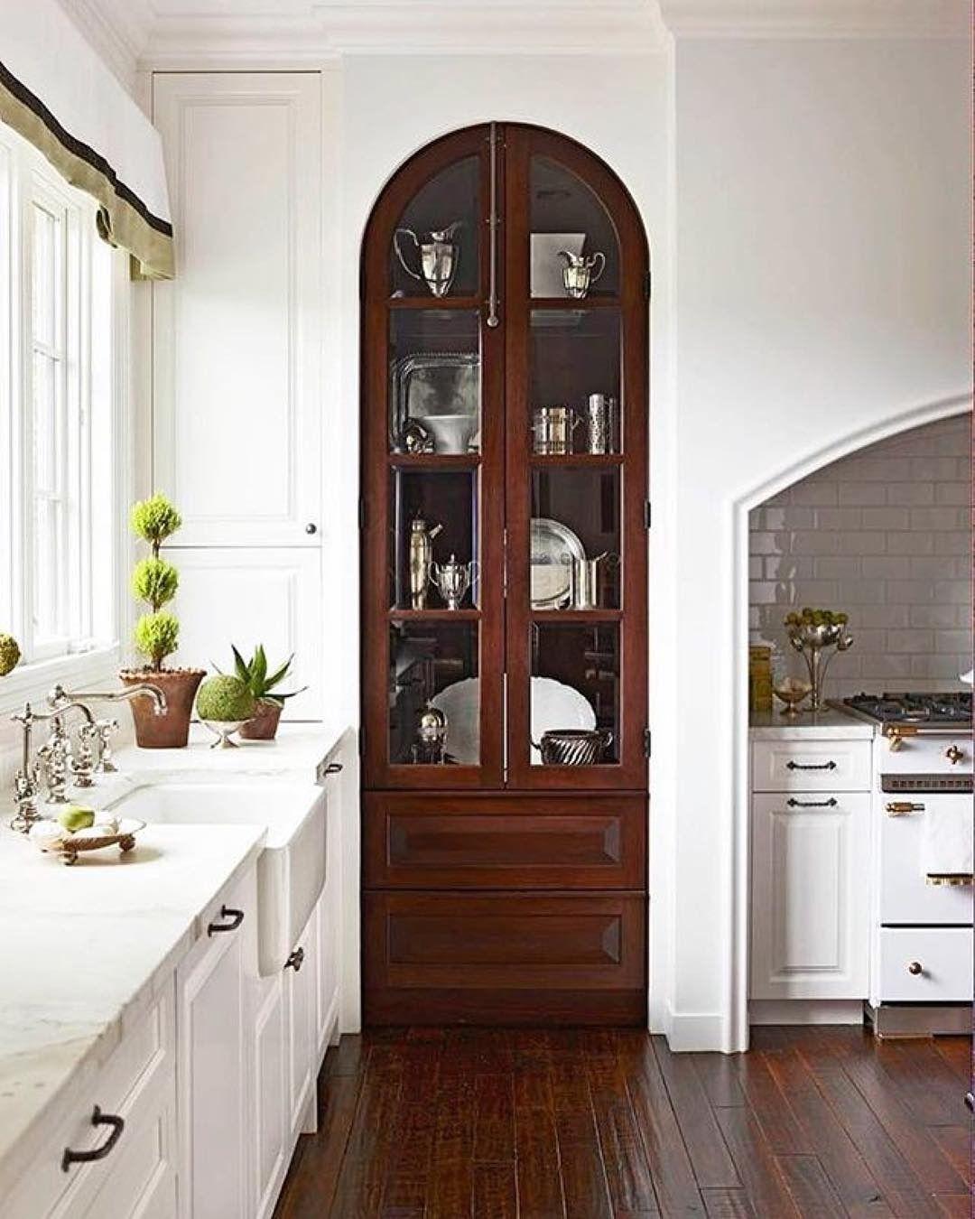 Innenarchitektur Küche, Küchen Design, Ideen Für Die Küche, Vintage Küchen,  Einbauschränke, Vitrinenschränke, Moderne Küchen, Weiße Küchen