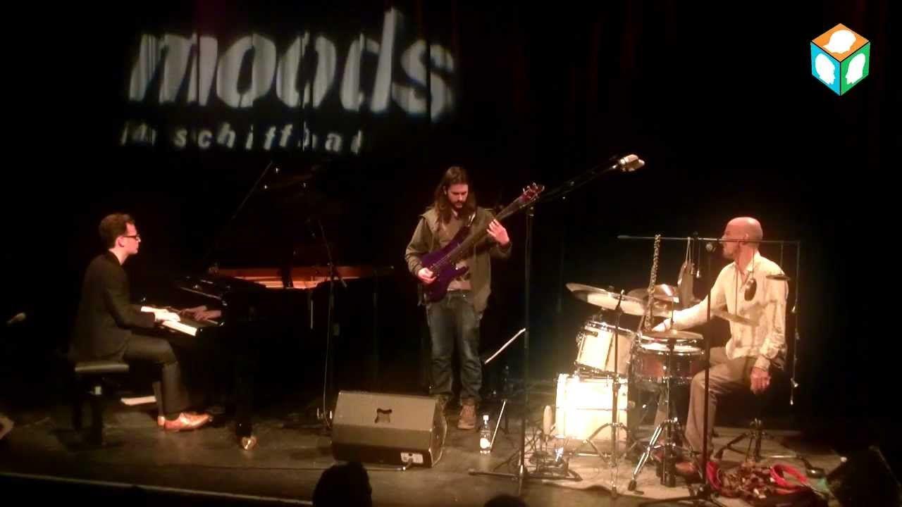 Yves Theiler trio live @ Moods