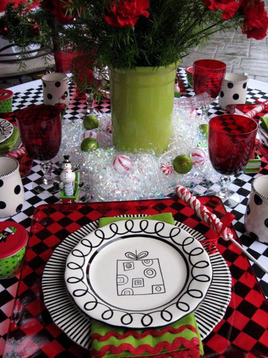 Christmas Table Ideas Decorating With Red And Green Red And Lime Green Are Accented With Graphic Black To Create Whimsical Christmas Christmas Table Settings