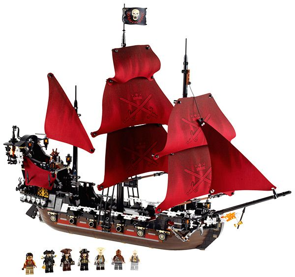 Queen Anne/'s Revenge Pirates of Caribbean Black Beard Building Blocks Kids Toys