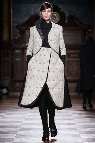 Aganovich Fall 2014 Ready-to-Wear Collection Slideshow on Style.com