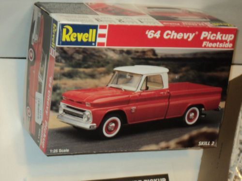 1964 chevy pickup fleetside 1 25 scale revell car truck plastic model kit chevy model car and. Black Bedroom Furniture Sets. Home Design Ideas