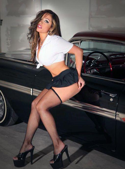 Topless kim kardashian porn picture